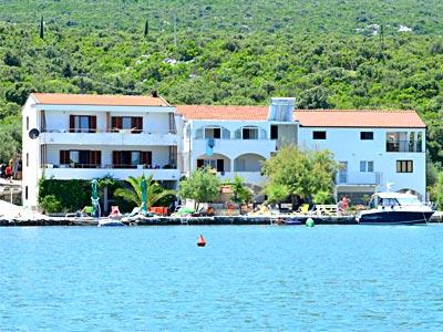 Wohnungen am Meer, Aufnahmekapazität von 2 bis 16 Personen.